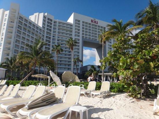 Hotel Riu Palace Peninsula: Praia do Hotel