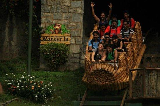 Wonderla Amusement Park: Juegos