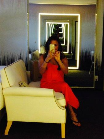 SLS Las Vegas Hotel & Casino: Standard Room