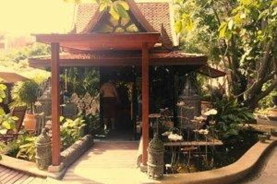 Sawasdee Village: lobby