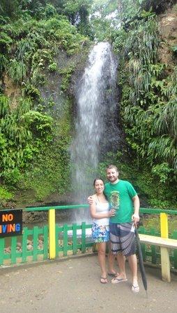 Simon Says Tours: Cachoeira