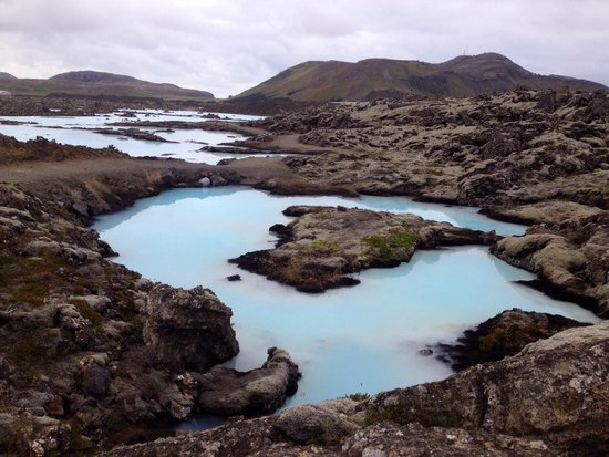 Blue Lagoon : Small pools out side the paid area !