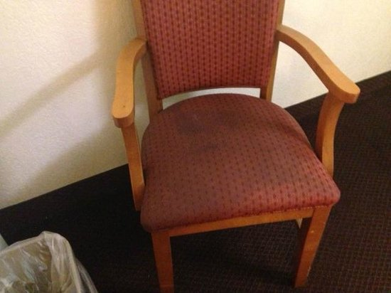 Rodeway Inn: stained chair