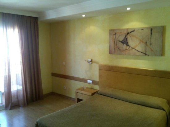 Hotel Maya Alicante: Номер