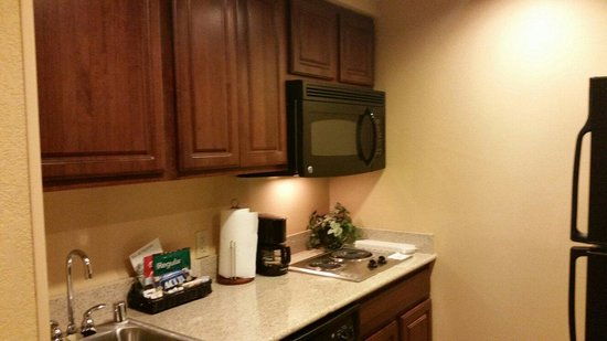 Homewood Suites by Hilton Portland: Kitchen
