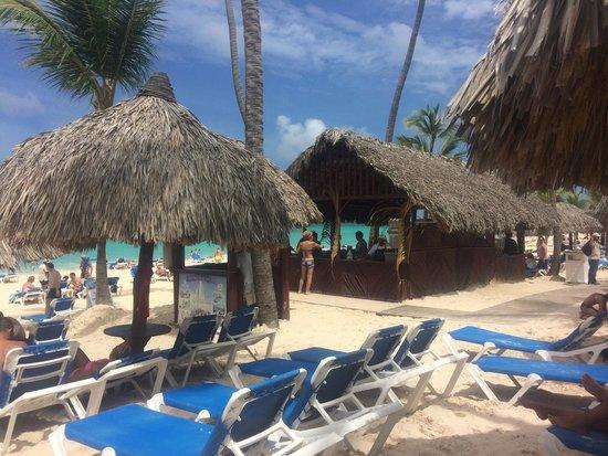 Grand Bahia Principe Punta Cana: Beach with beach bar.
