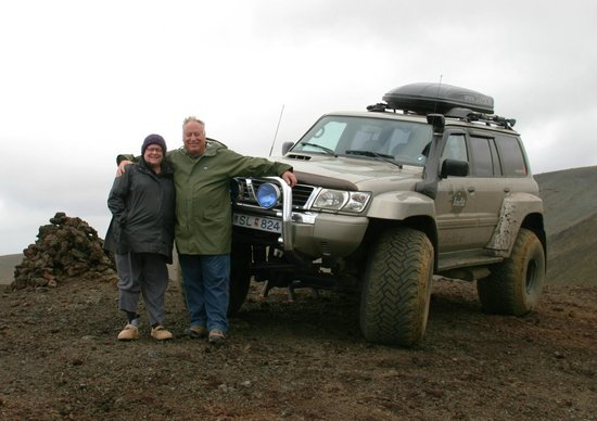IceAk - Super Jeep Tours: On the edge of Hverfjall crater