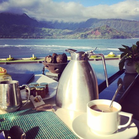 St. Regis Princeville Resort: most amazing view from the terrace at breakfast