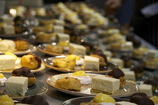 Cafe Victor: desserts