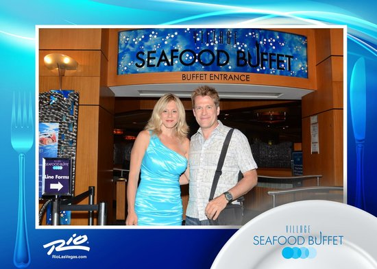 Village Seafood Buffet: My wife and I