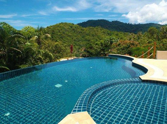 Koh Phangan Pavilions: Pool & Surrounding View