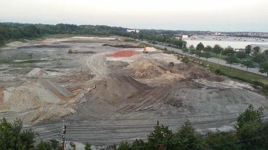 إديسون هوتل آند كونفرانس سنتر: Not so gorgeous view from the 7th floor