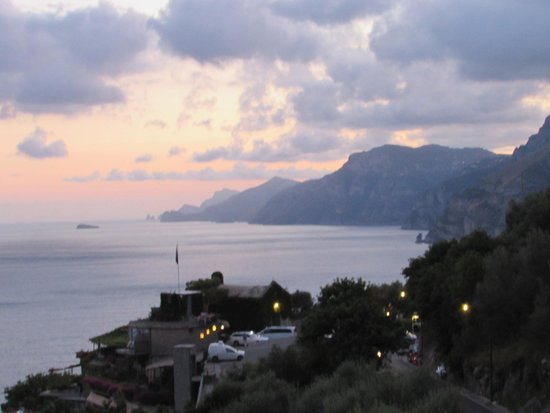 Al Barilotto Del Nonno : view from the terace at sunset