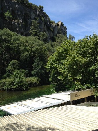 Fontaine de Vaucluse : another face of the mountain