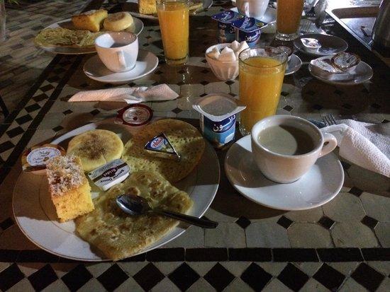 Riad Hamdane et SPA : Petit déjeuner