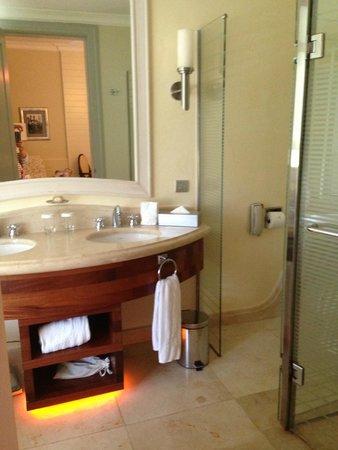 Iberostar Grand Bavaro: Bathroom
