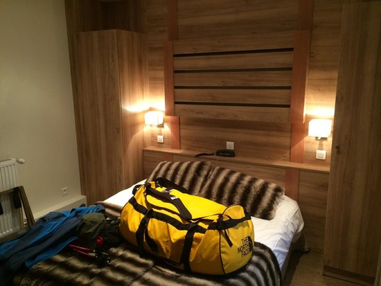 Hotel la Vallee Blanche: Modern clean rooms