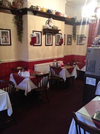 Lily's Victorian Tearooms & Restaurant: Decor