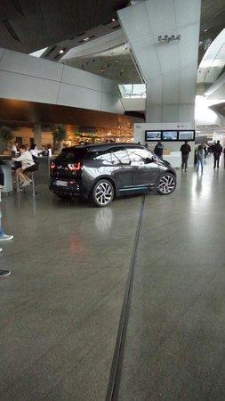BMW-Museum: New electric BMW car...
