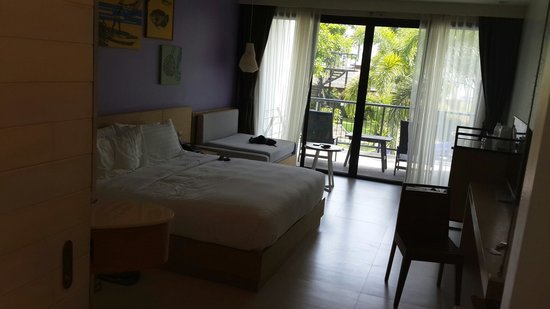 Holiday Inn Resort Krabi Ao Nang Beach: Our pool view room
