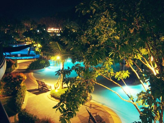 Holiday Inn Resort Krabi Ao Nang Beach: View from balcony at night