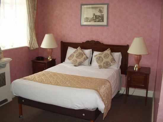 Bosworth Hall Hotel & Spa: Brandon bedroom