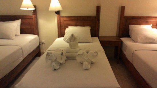 Febri's Hotel & Spa: Family Room Animal Shape Towel