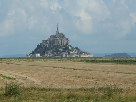 Abbaye du Mont-Saint-Michel : What you see as you approach