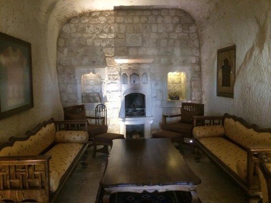 Kayakapi Premium Caves - Cappadocia: Lounge room