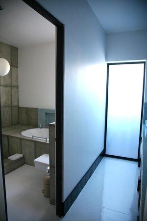 De Kelders Private Villa: bathroom room 1