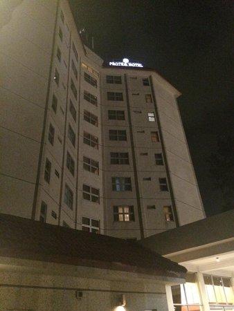Westwood Hotel Ikoyi: Exterior