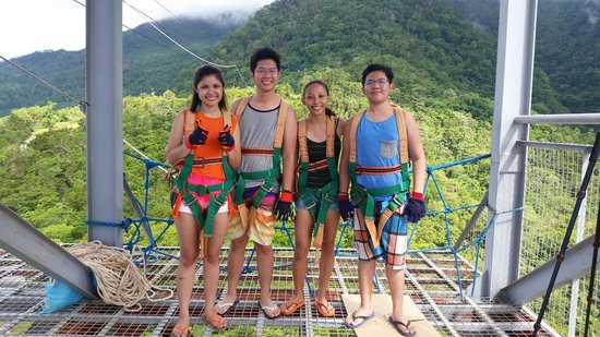 Marco Vincent Dive Resort: Zipline at Ponderosa