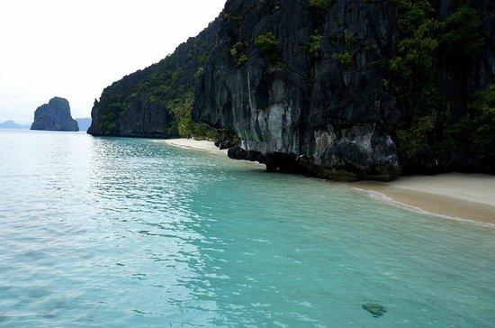 Tarawis Elnido Island Tours