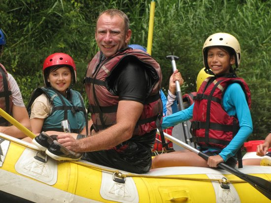 Thai Adventure Rafting - Day Tours: Stopping for lunch