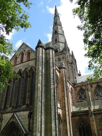 Lichfield Cathedral: North transept and center spire