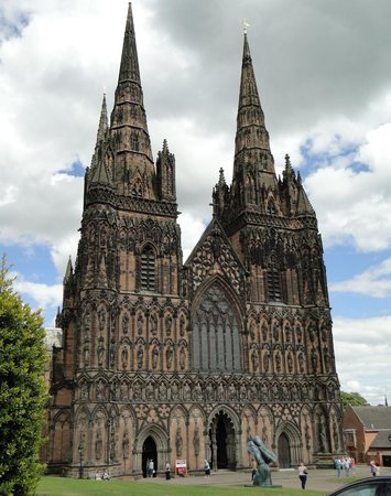 Lichfield Cathedral: West end