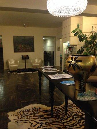 Best Western Hotel Farnese: Hall