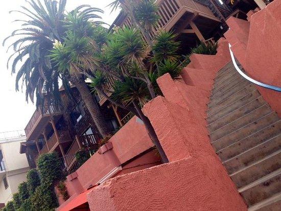 La Jolla Cove Hotel & Suites: Exterior