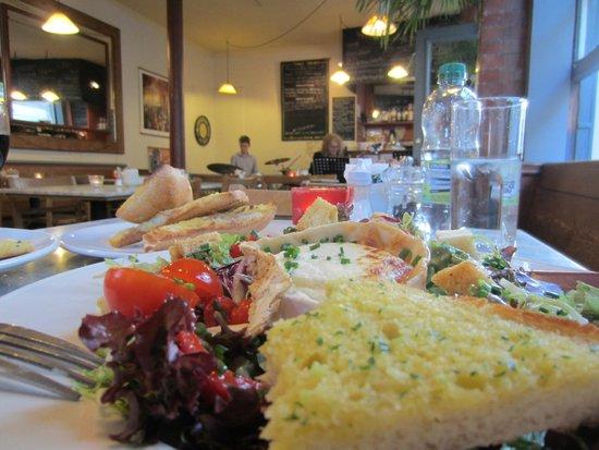 The Kingsmead Kitchen: Beautiful food enjoying the jazz band