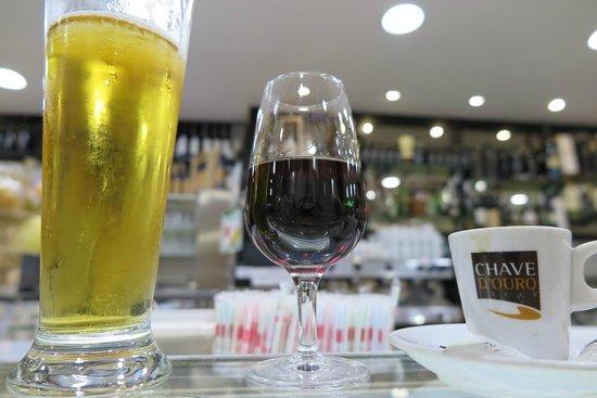 Pastelaria Casa Brasileira: vinho do Porto