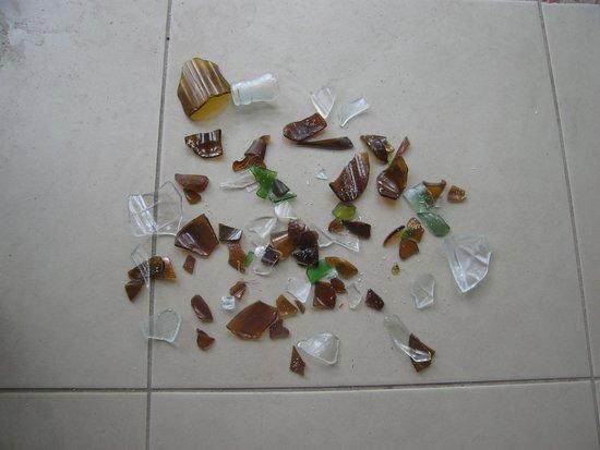 Treasure Island Resort: Broken glass from the beach