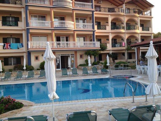 Ariadne Hotel Apartments: Our scond home