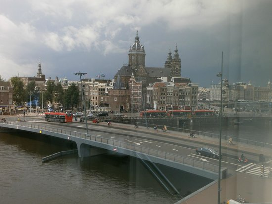 DoubleTree by Hilton Hotel Amsterdam Centraal Station : View from room