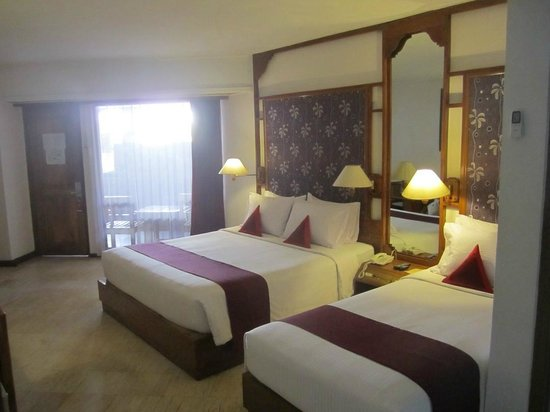 Bounty Hotel: Room