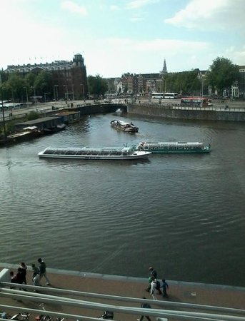 DoubleTree by Hilton Hotel Amsterdam Centraal Station : Another view from room