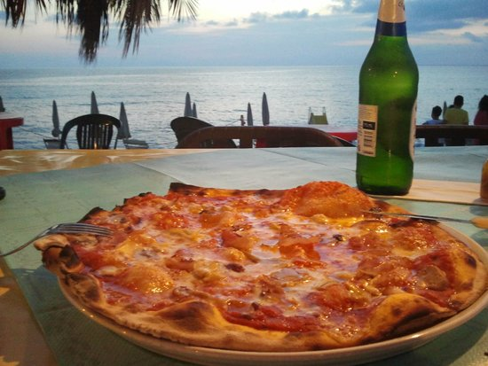"""San Nicolo, Italie : la mia sfida col pizzaiolo: """"fammi la pizza più piccante che hai!"""""""