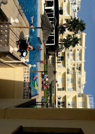 Marina Palace by Intercorp Hotel Group: pool number 1
