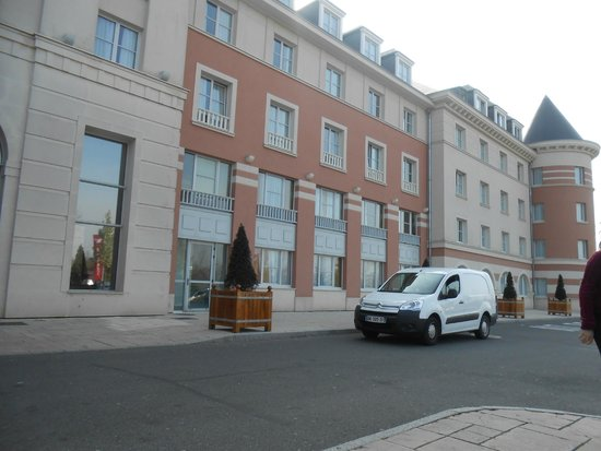 Vienna House Dream Castle Paris: hotel