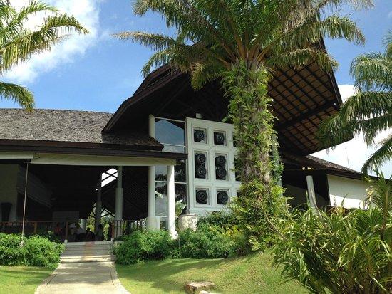 Beyond Resort Khaolak: Außenansicht Lobby
