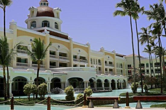 Beautiful and Relaxing Resort